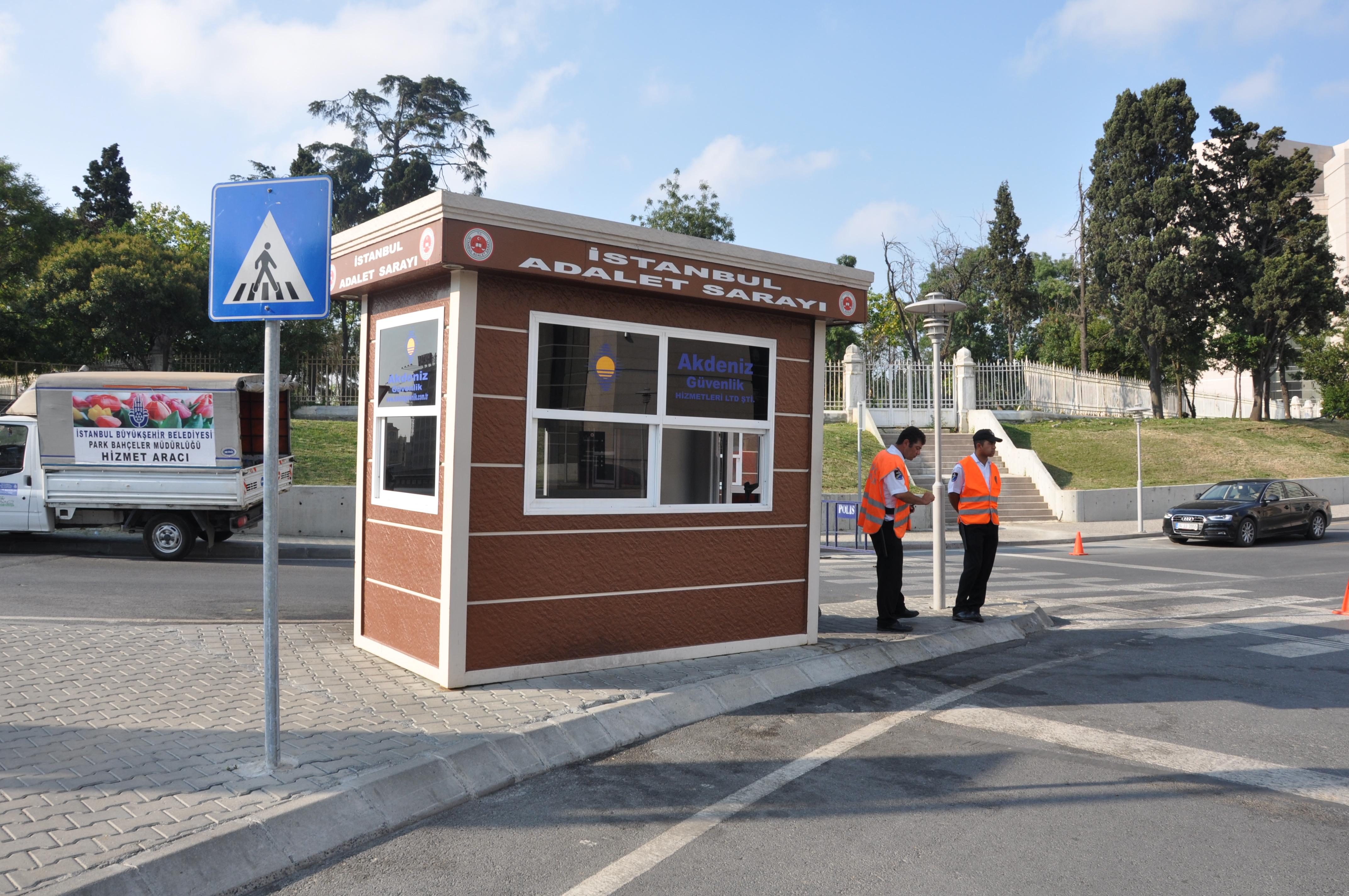 prefab guard booths