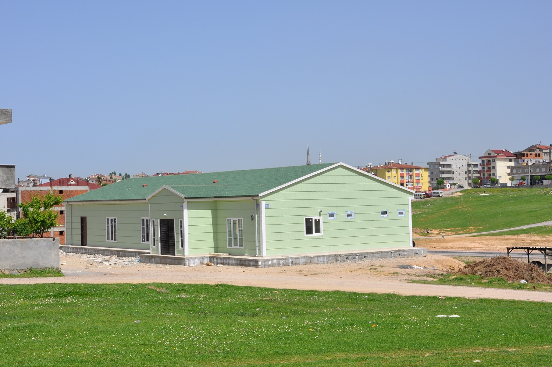 prefabricated single-storey building