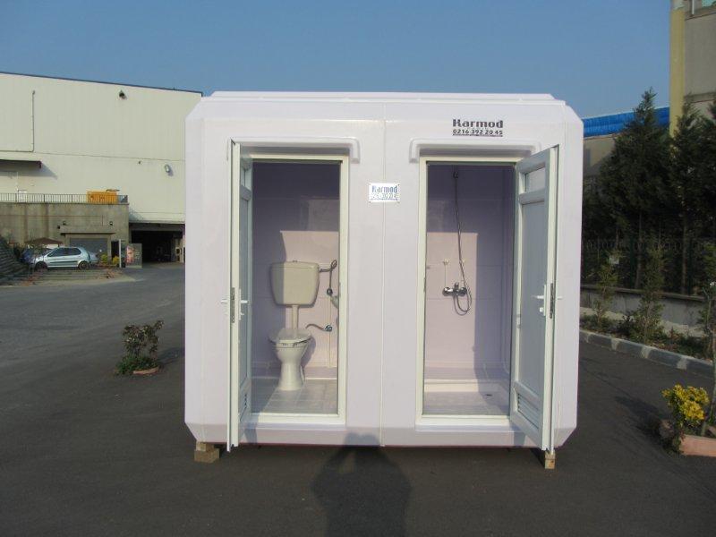 plastic mobile toilets