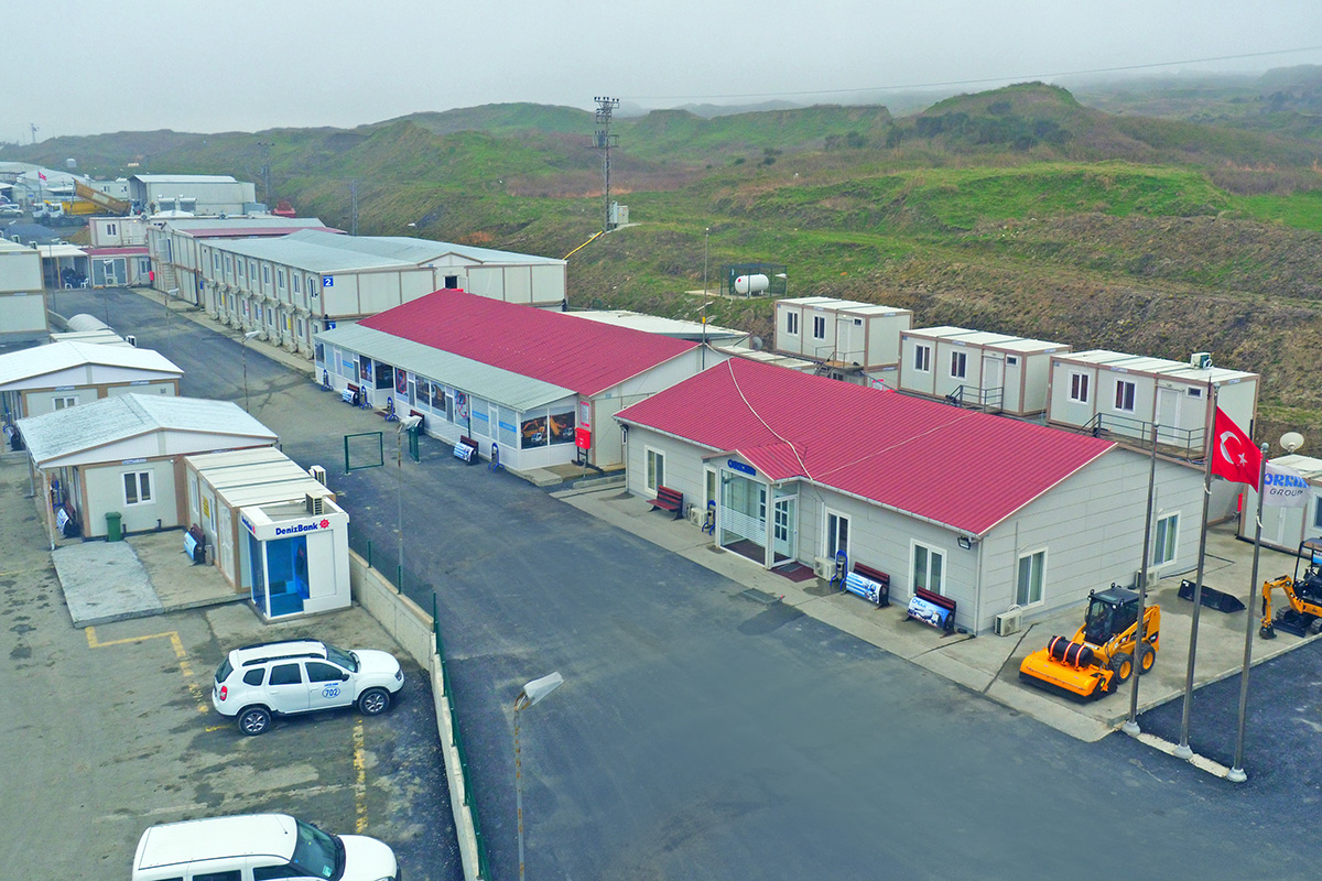 Temporary modular buildings, construction site building