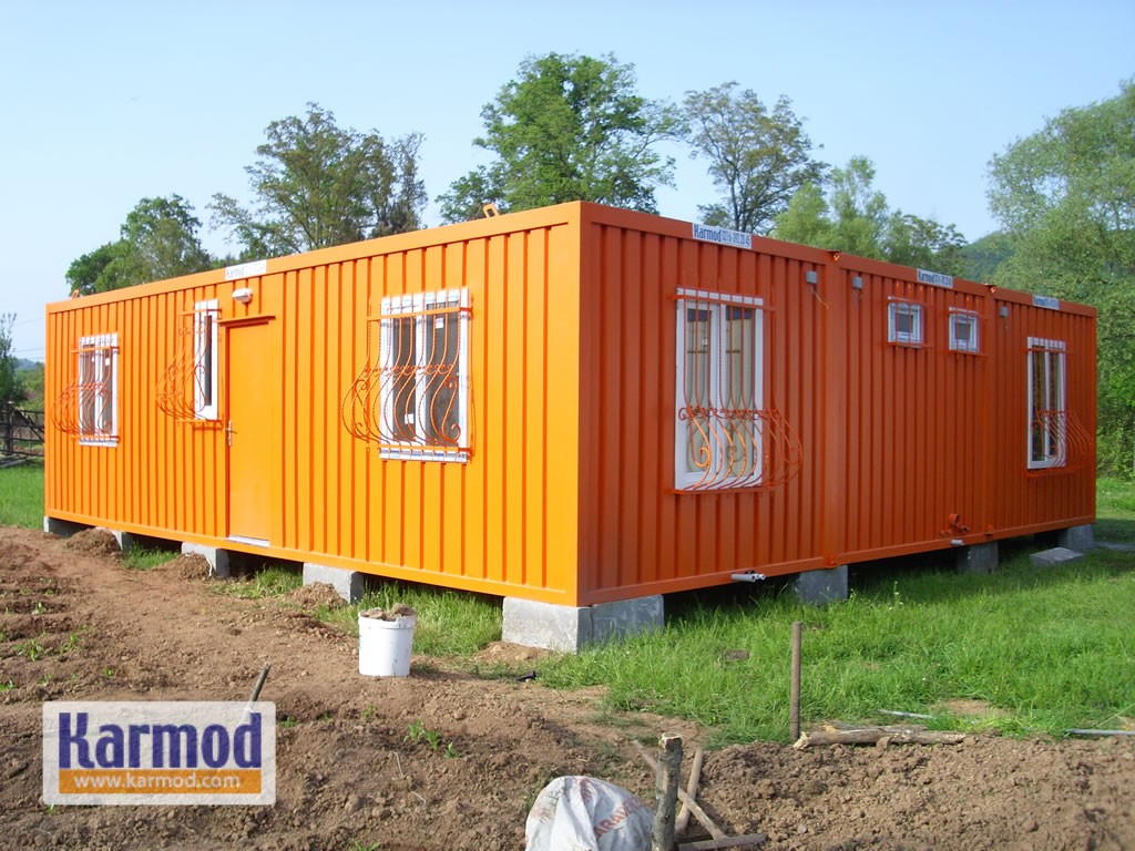 Flatpack container houses