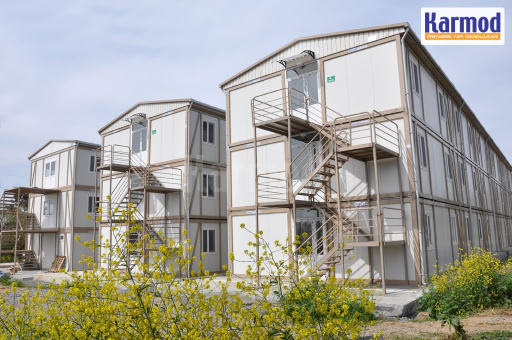 container housing demountable