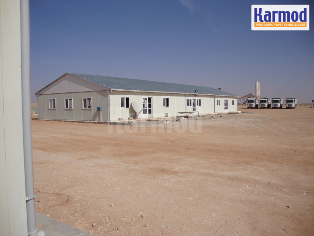 prefab commercial buildings