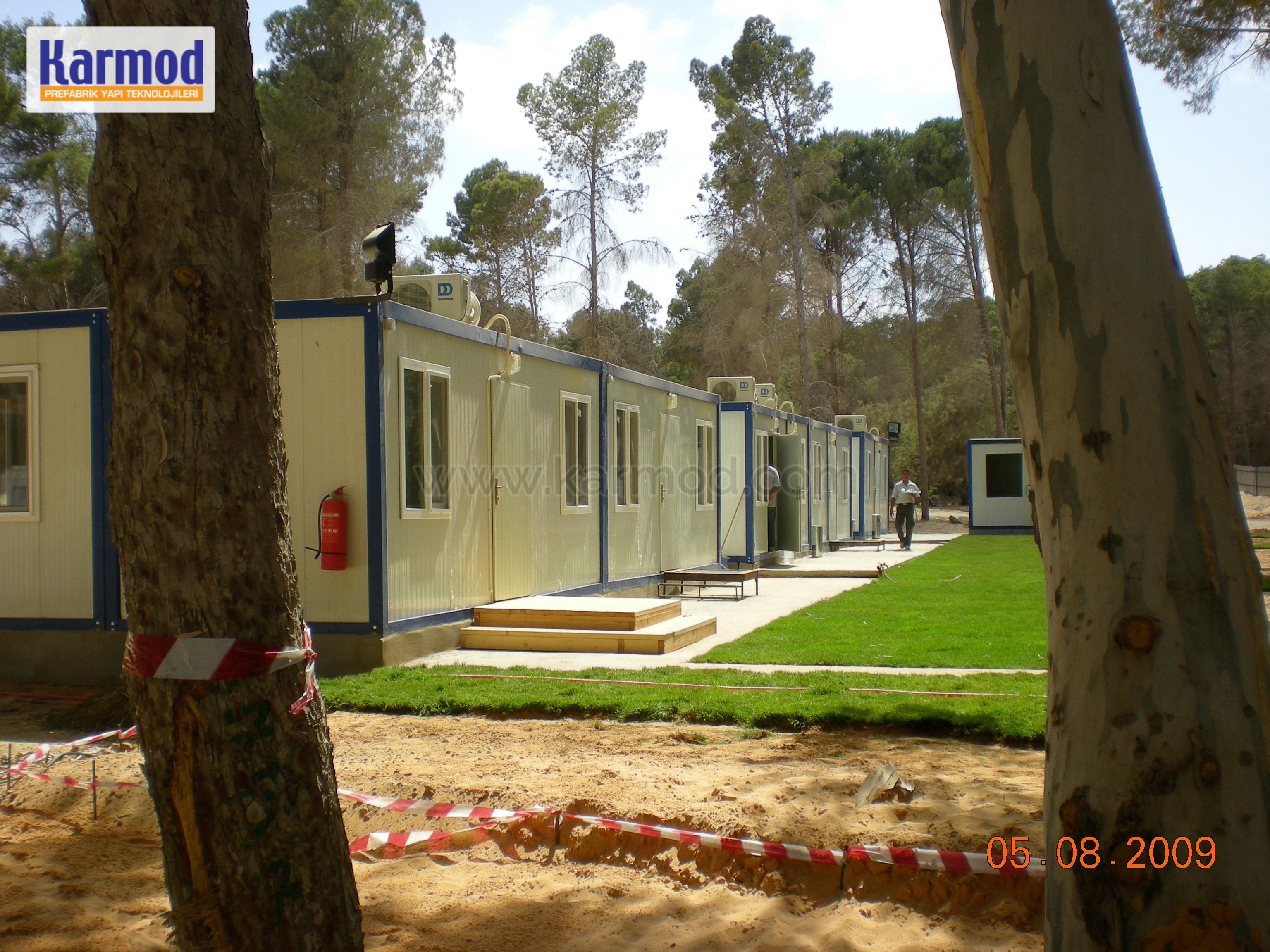 constructs pre-fabricated mining camps