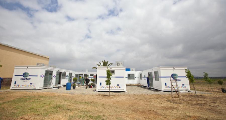 Healthcare Buildings & Mobile Clinics Cabins